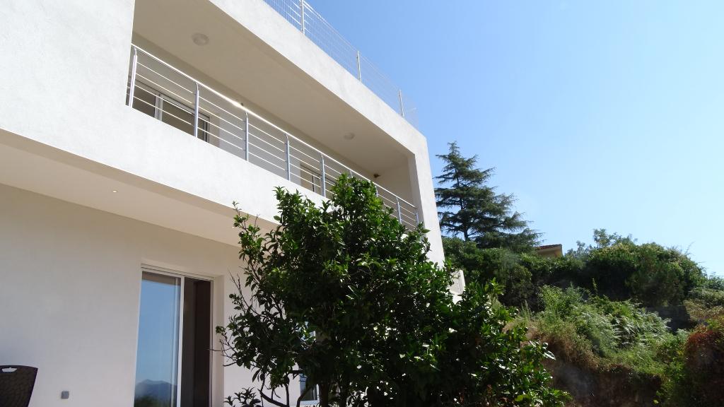 Villa Valle Di Mezzana 5 pièce(s) 142 m2