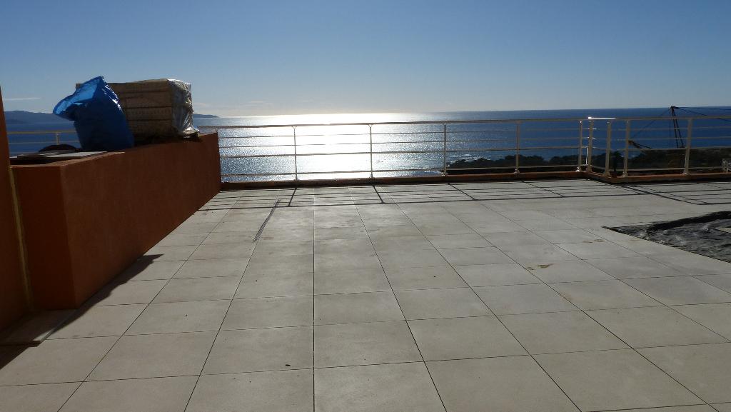 Ajaccio route des Sanguinaires 4 pièce(s) 102 m2 terrasse 100m² vue mer