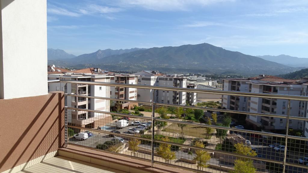 Appartement AJACCIO 4 pièce(s) 80m² dans résidence récente dernier étage