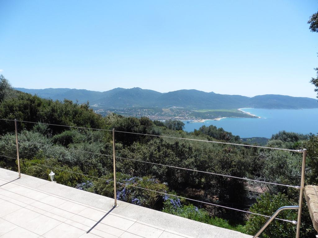Villa F5 + F3, vue mer