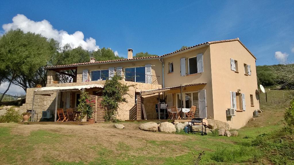 Villa  8 pièce(s) 220 m2
