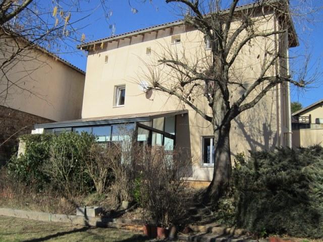 St Germain Laval Maison 118 m2 hab. rénovée et terrain 1 153m²