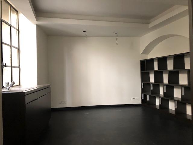 Riom Appartement F2 RDC à rénover