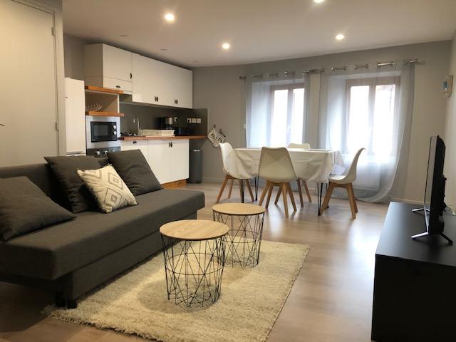 Volvic Appartement F3 rénové 60 m2 MEUBLÉ