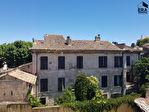 A vendre au centre ville de Cavaillon ancienne maison bourgeoise de plus de 300m² beau potentiel. 1/1