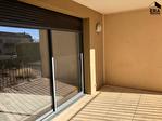CADENET - APPARTEMENT DE TYPE III 2 chambres - box fermé et place de parking - terrasse et jardinet 5/7