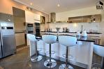 PERTUIS - Ensemble immobilier composé de 2 maisons indépendantes sur 5600 m² avec piscine 5/16