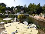 A VENDRE L'Isle sur la Sorgue. Murs et fond de commerce restaurant avec logement 3 pièces sur 4017 m² 2/12