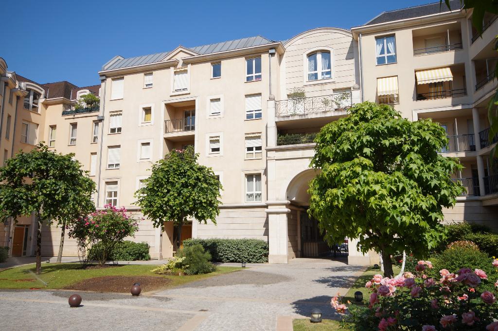 Appartement Maisons Laffitte 4 pièce(s) 105.4 m2