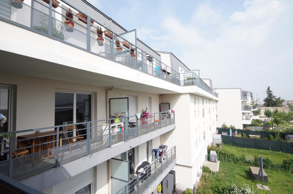 SARTROUVILLE - VENDU LOUÉ - Appartement 3 pièces de 58 m²