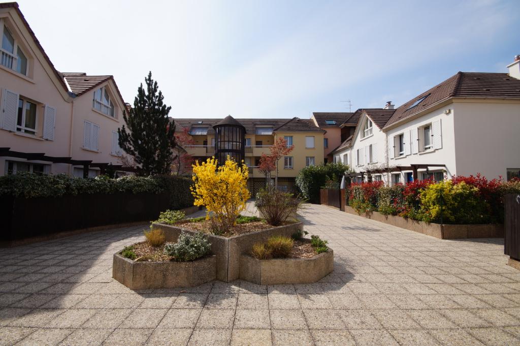 Maisons-Laffitte - Appartement 4 pièces de 74 M² en Duplex