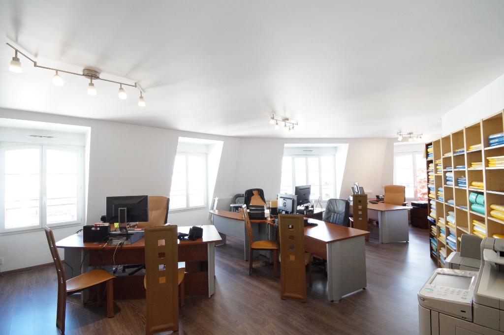Bureaux - La Garenne Colombes 98,24 m2
