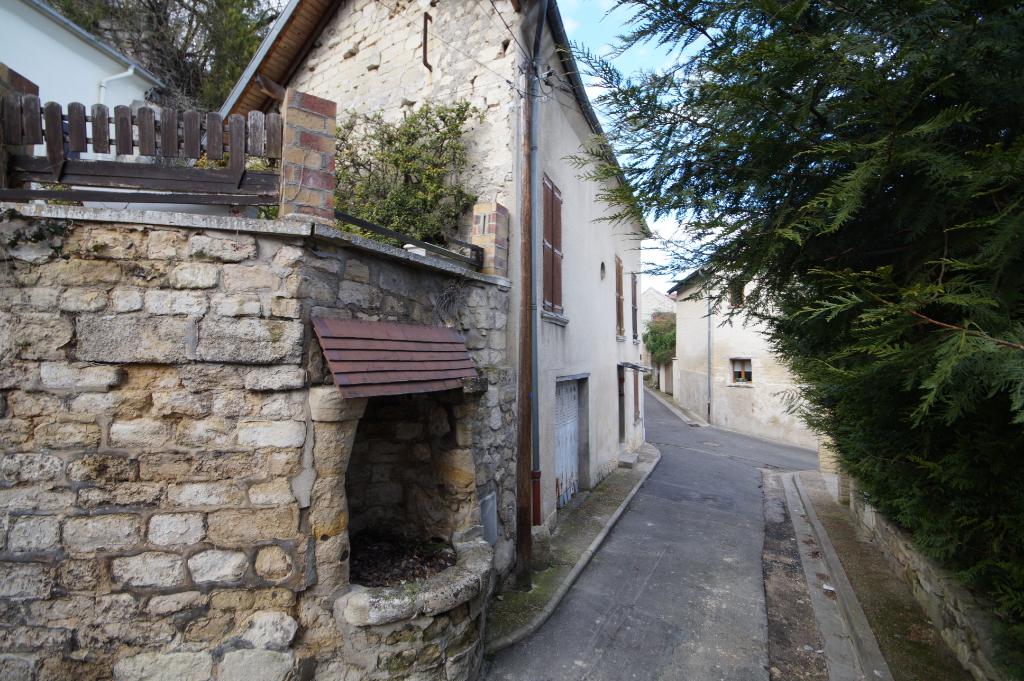 Maison 3 pièces de 110 M² - LE MESNIL LE ROI