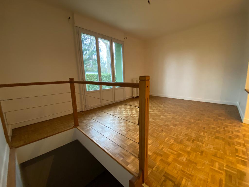 Appartement  3 pièces - 65 m²
