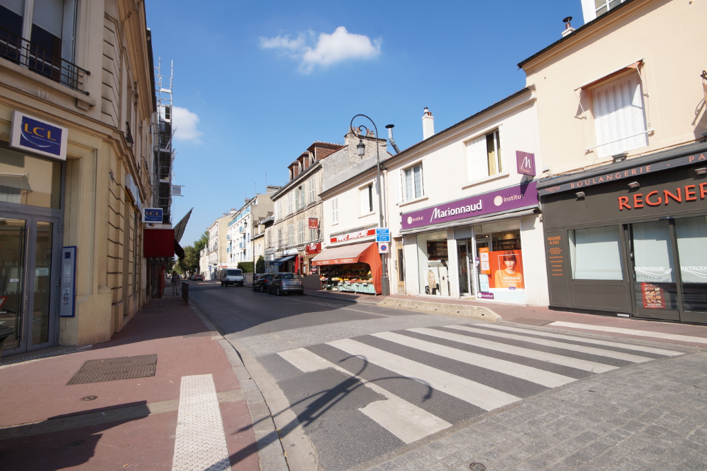Local commercial Maisons Laffitte 46 m2