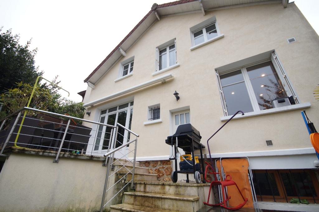 Maison Le Mesnil Le Roi  5 pièce(s) 93 m2