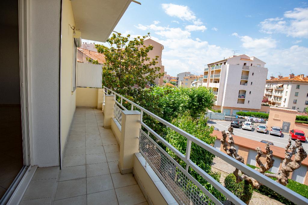 Appartement F3 Saint Raphael centre