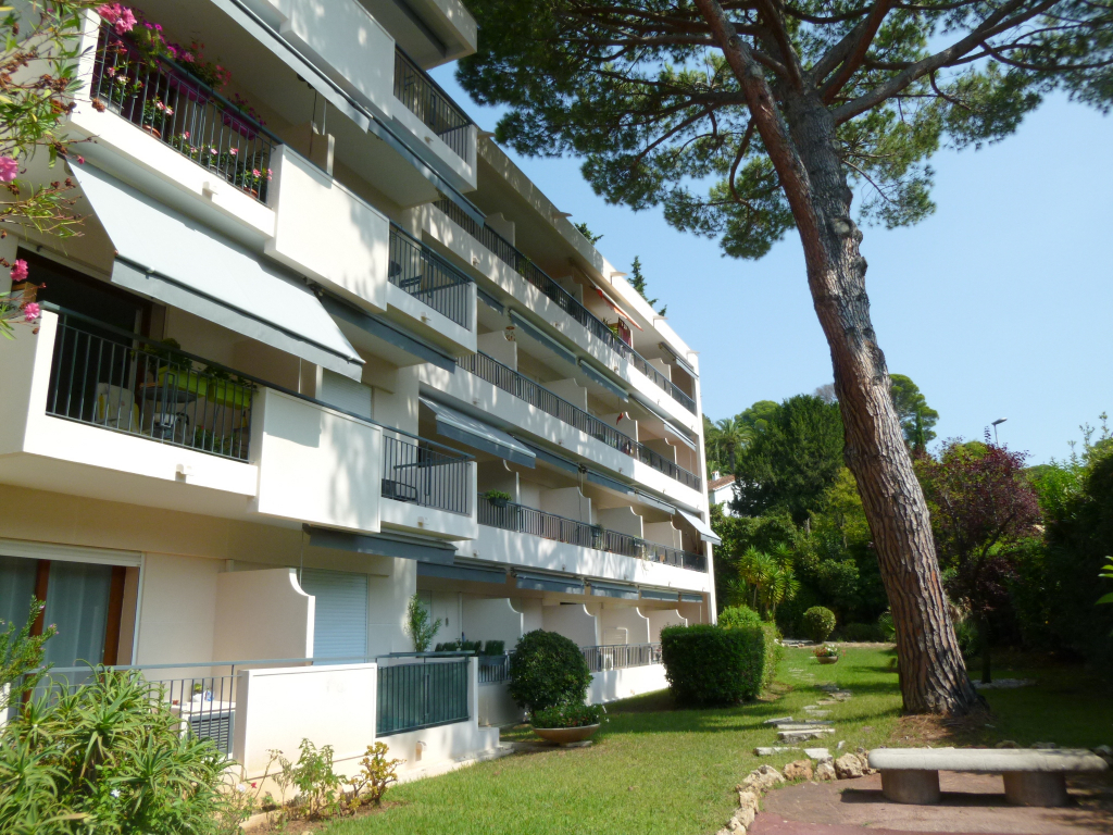 Appartement Cannes Studio 29 m² en RDJ