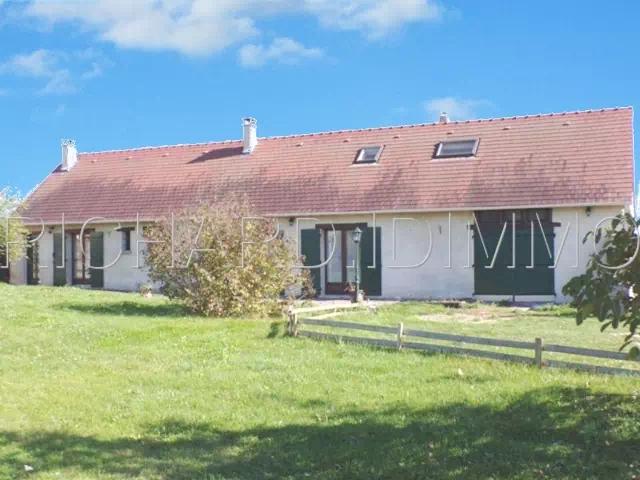 CHATEAU LANDON - Maison A vendre - 5 pièces - 180 m² Habitables sur 2009 m² de Terrain