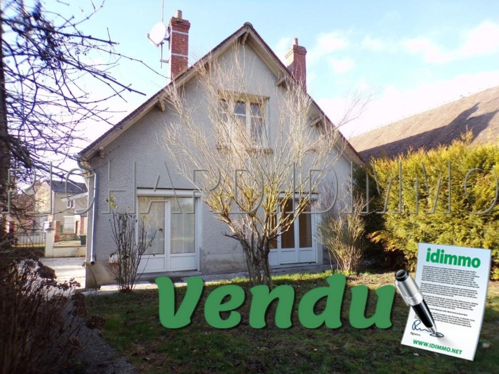 VENTE MAISON - 3 PIECES - TERRAIN 405 M²  A CORBEILLES