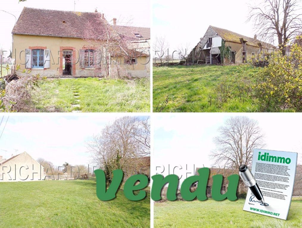 SOUS COMPROMIS DE VENTE Maison A VENDRE - 3 pièces - 82 m² - MEZIERES-EN-GATINAIS - LOIRET