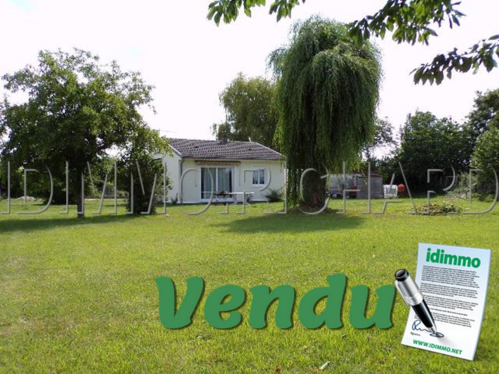 VENDU - LORCY - Maison plain pied - 1350 m² de terrain