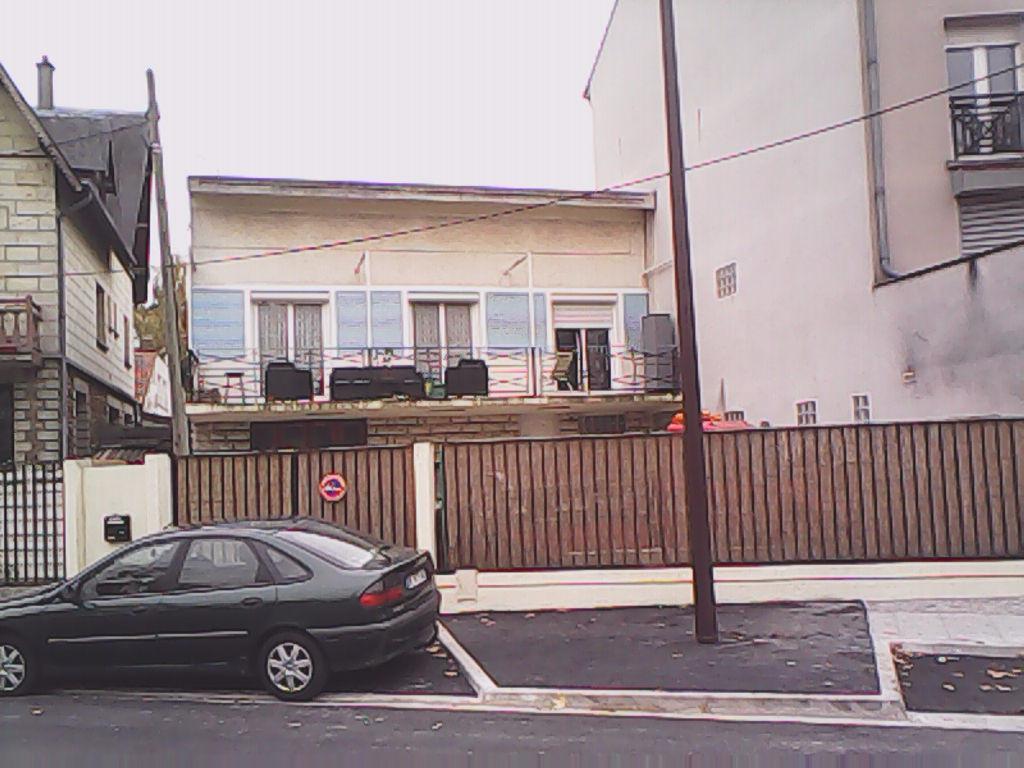 GRAND PAVILLON DE 135M2 - 6piecse - 429m2 de terrainà villepinte
