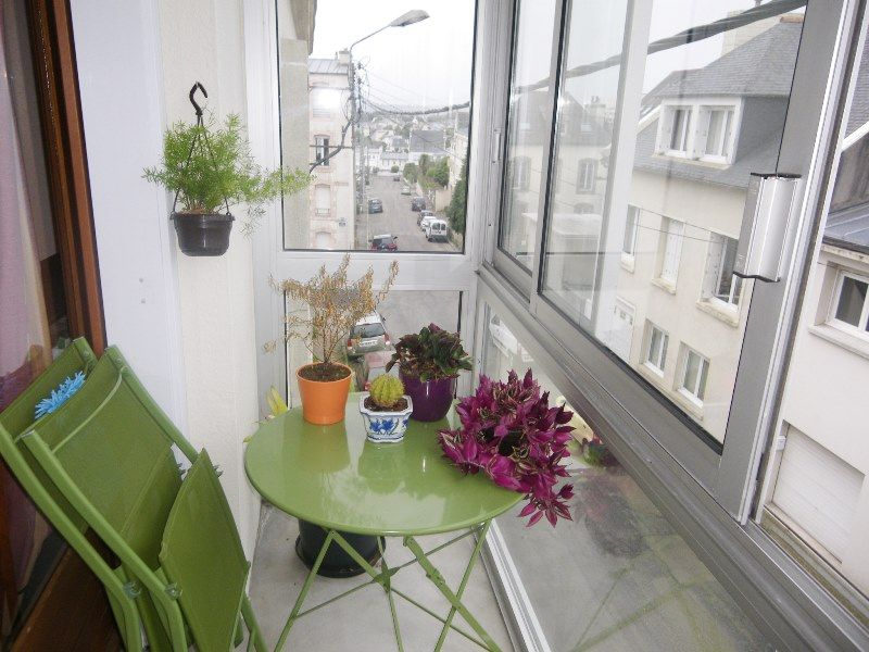 LOCATION  BREST   KERBONNE   APPARTEMENT T3  64.52m²  BALCON FERME  PARKING PRIVE