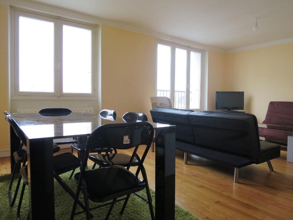 LOCATION BREST PLACE DE STRASBOURG  APPARTEMENT T3 MEUBLE 66.89 m²