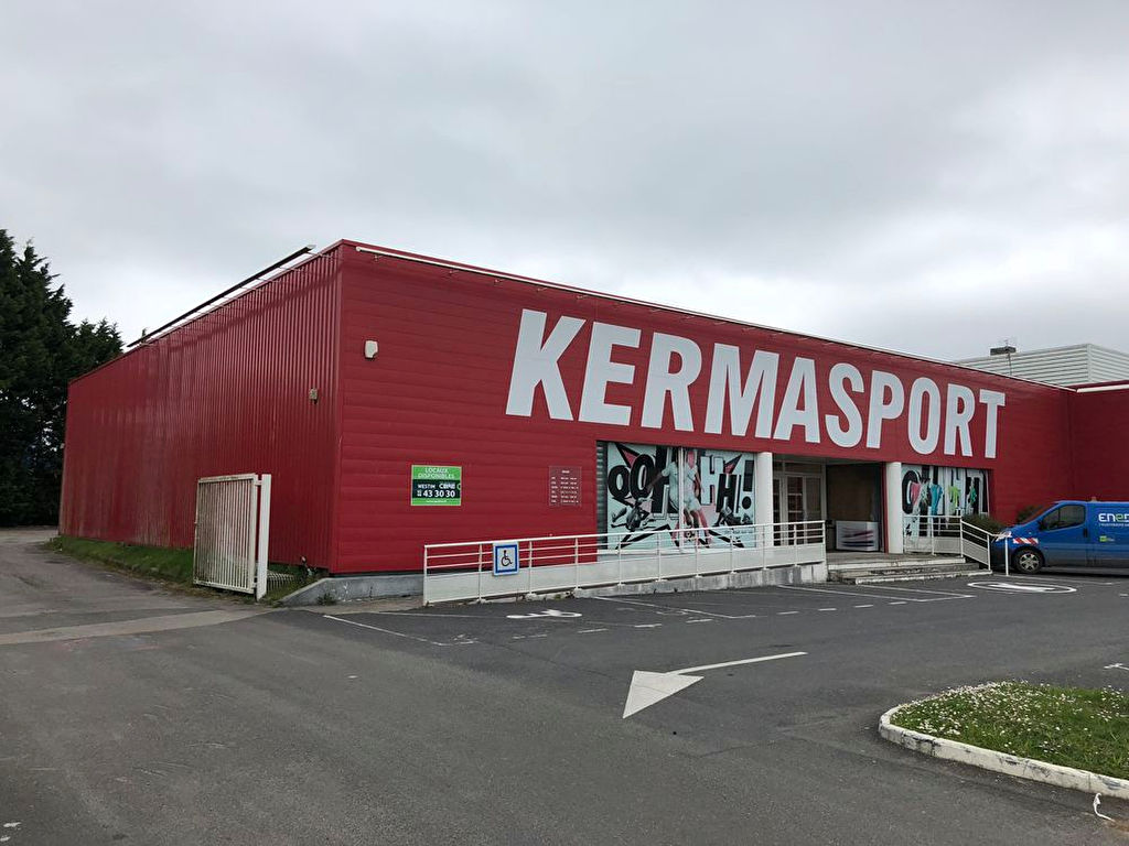Local commercial Brest 927 m2