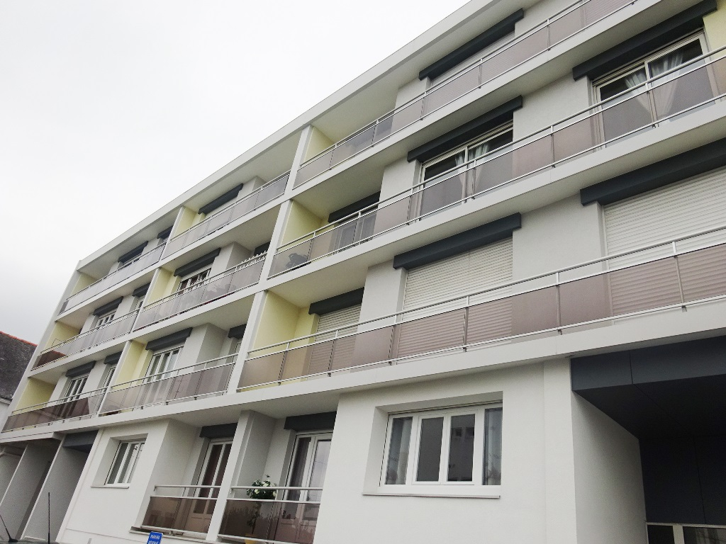 VENDU PAR LE CABINET COTTEN LORIENT LE MANIO APPARTEMENT T4 de 75m² BALCON EXPOSE SUD ET PARKING PRIVE