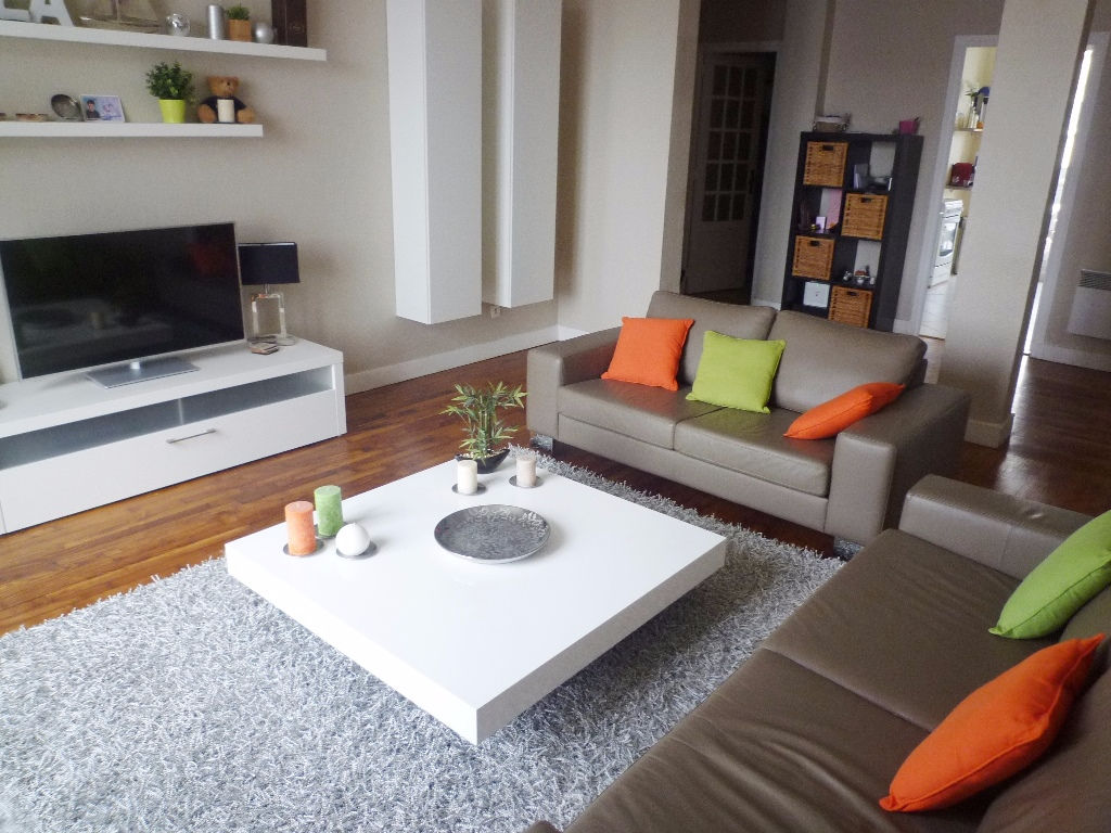 A VENDRE  EXCLUSIVITE  BREST  SIAM / SAINT LOUIS  APPARTEMENT T3 /4  78,68m²  GARAGE DANS LA COUR