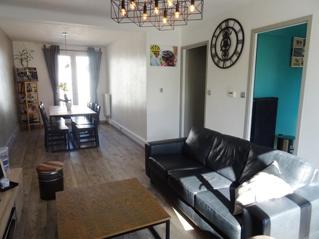 Vente : appartement 4 pièces (64 m²) à BREST
