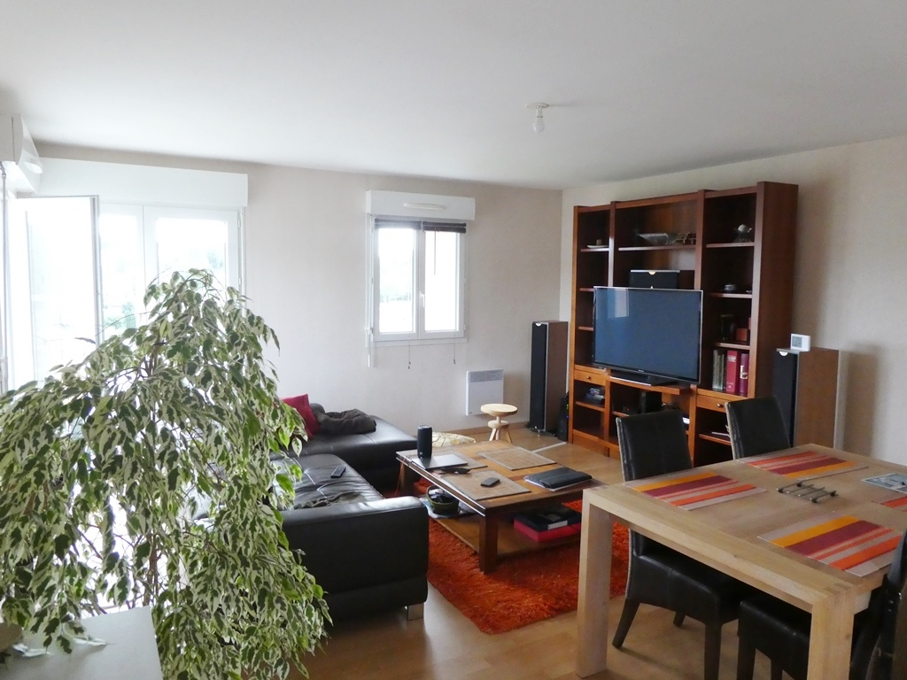 EXCLUSIVITE   BREST   LAMBEZELLEC   APPARTEMENT T4  66M²   COPROPRIÉTÉ  2004   PLACE DE PARKING PRIVE    LOCATAIRE EN PLACE