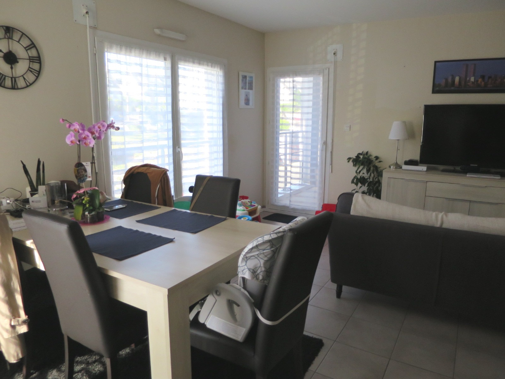 LOCATION   BREST   LAMBEZELLEC   APPARTEMENT T3 DUPLEX   60.66 M²   RESIDENCE CALME ET RECENTE   DEUX PLACES DE PARKING