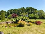 Maison rénovée avec goût de 144 m² sur 5500 m² de jardin arboré. 8/17