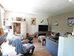 Maison rénovée avec goût de 144 m² sur 5500 m² de jardin arboré. 13/17