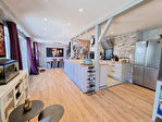 ELLLIANT Maison en pierre rénovée avec goût de 150 m² sur 239 m² de terrain. 1/13