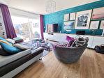 ELLLIANT Maison en pierre rénovée avec goût de 150 m² sur 239 m² de terrain. 3/13