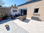 ELLLIANT Maison en pierre rénovée avec goût de 150 m² sur 239 m² de terrain. 13/13