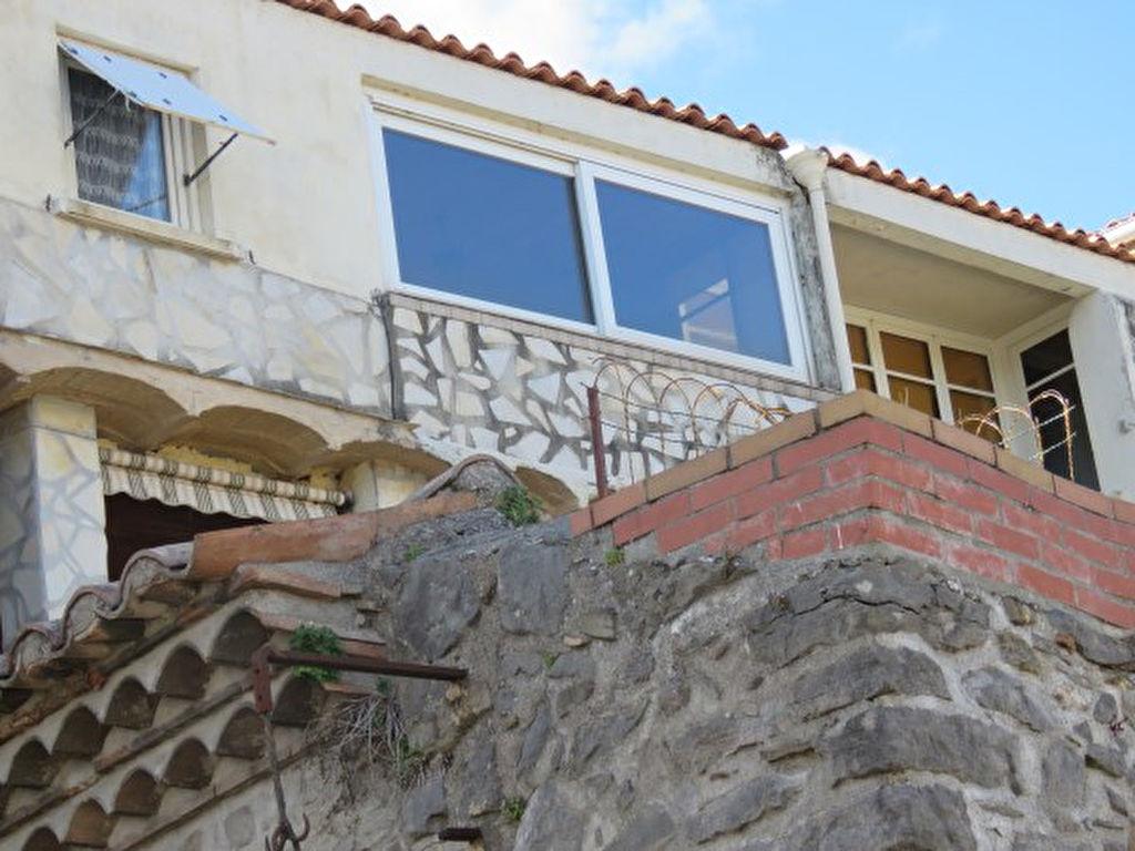 Maison de village avec cour attenante - Jolie vue