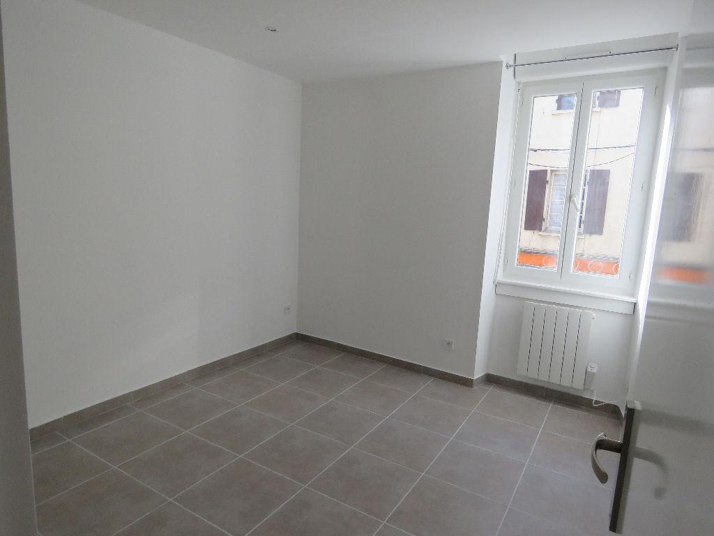 Appartement Besseges T3 avec terrasse