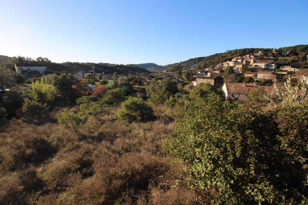Terrain Saint Bres 1100 m2 vue dominante