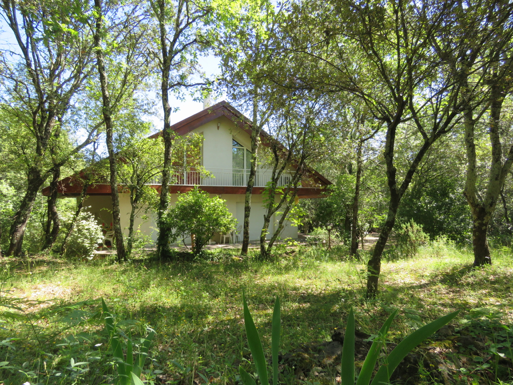 Maison sans vis a vis au coeur des bois