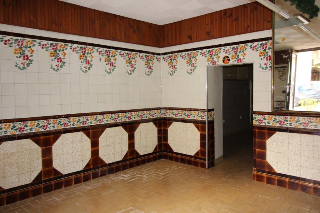 Local commercial Barjac 2 pièce(s) 60 m2