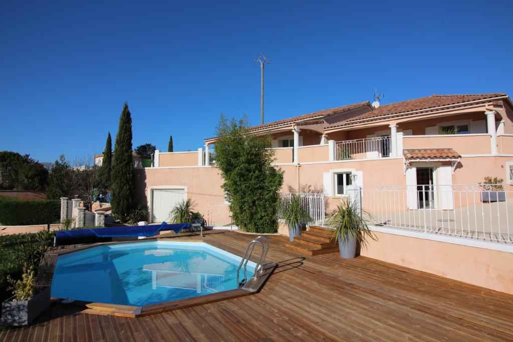Villa Barjac 290 m² hab, situation exceptionnelle