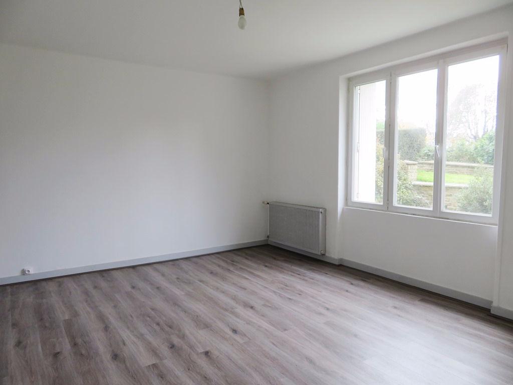 EXCLUSIVITE  A VENDRE   BREST   SAINT LUC   KERICHEN   APPARTEMENT   T3   77 m²  2 CHAMBRES  BON ETAT