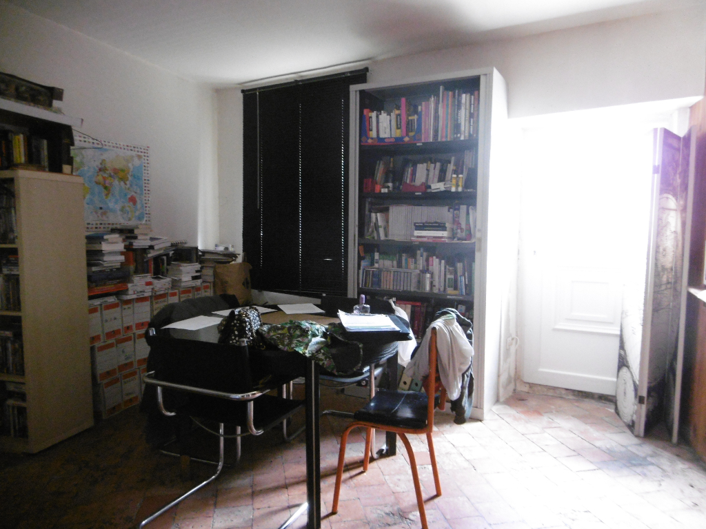 Maison F4/5 - 88 m² divisible + dépendance - ORLEANS NORDst Vincent