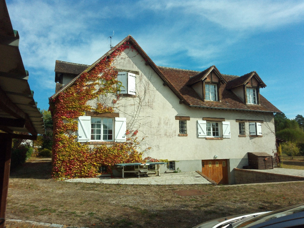 Maison F8, 200 m2 + Sous sol, 41300 SALBRIS