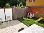 Compromis en cours : 70 M2 en duplex, avec jardin privatif, en parfait état 9/9